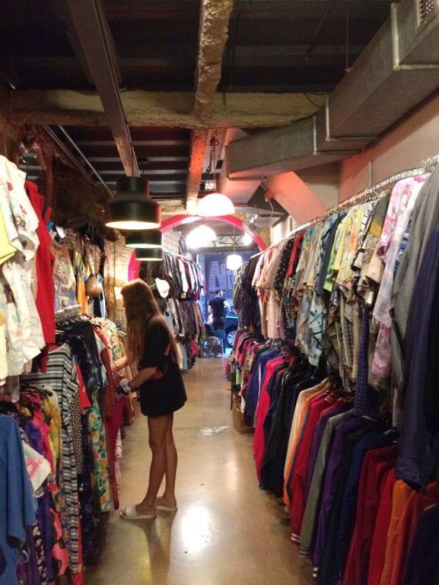 barcelona vintage shop
