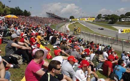 Ferrari Fans auf dem Circuit de Catalunya