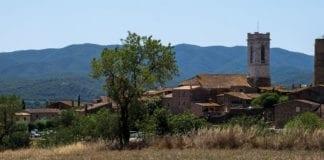 Panorama des villages dans les Gavarres