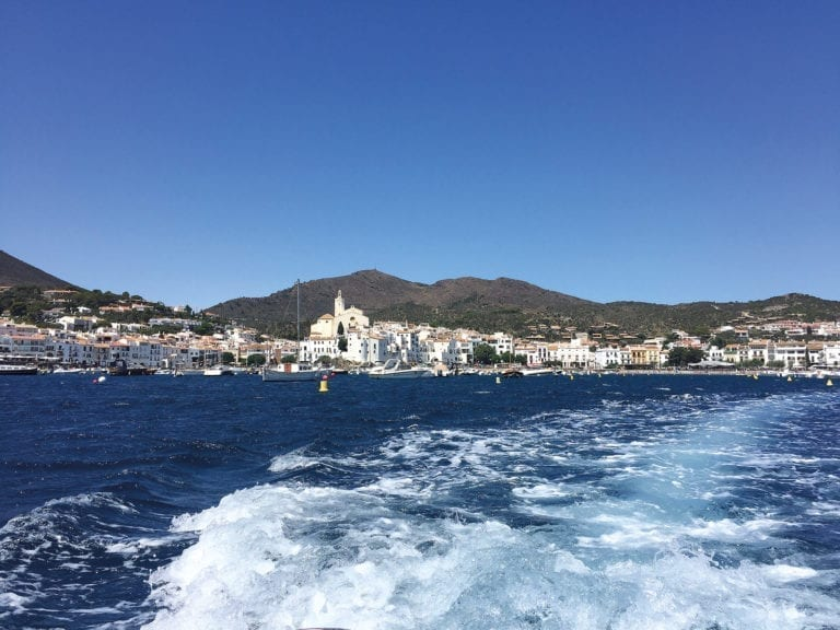 Yachting : By boat from Rosas to Cadaqués