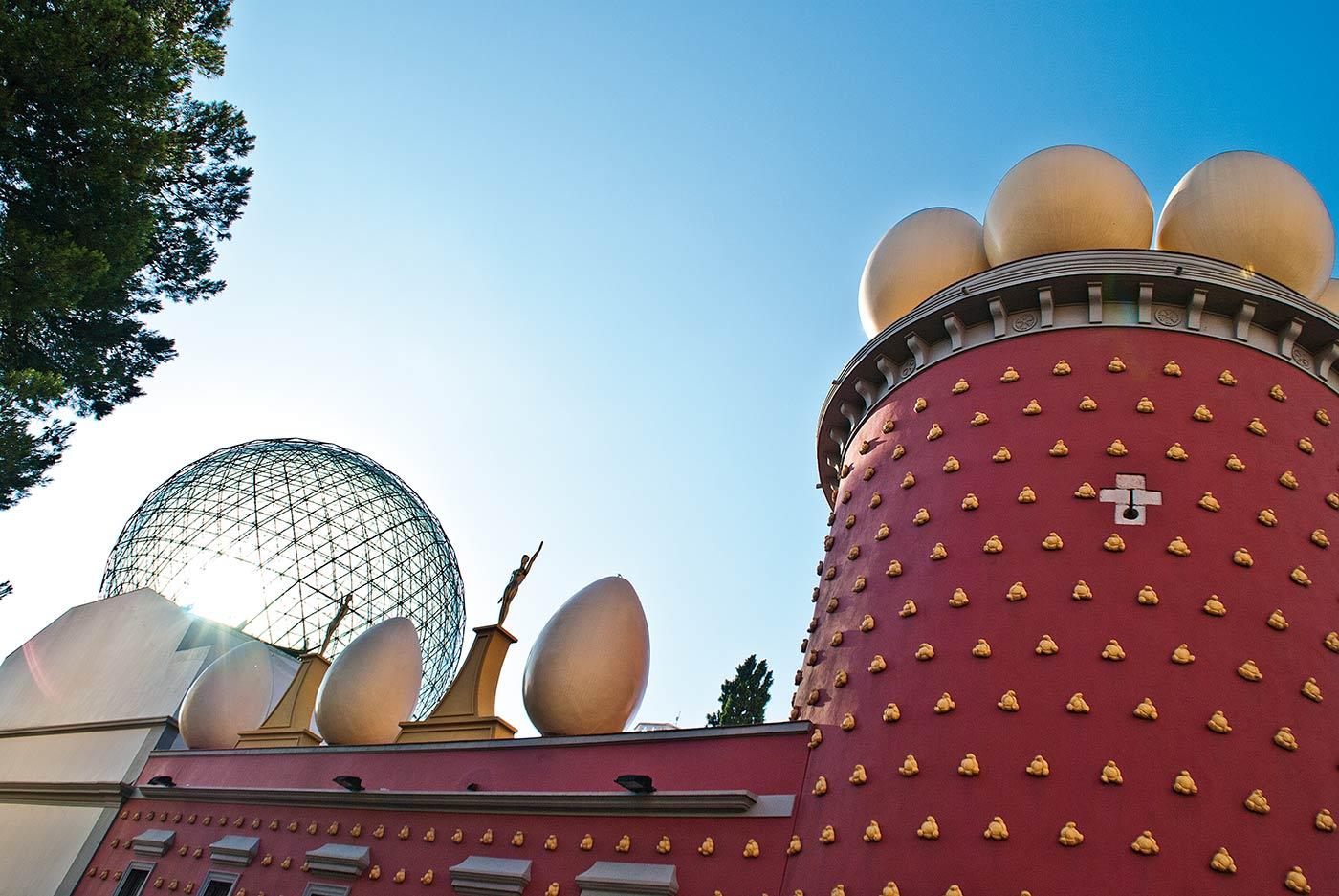 Cataluña, Costa Brava, Salvador Dalí, el gran triángulo daliano, Figueres, Gala, teatro-museo, surrealismo