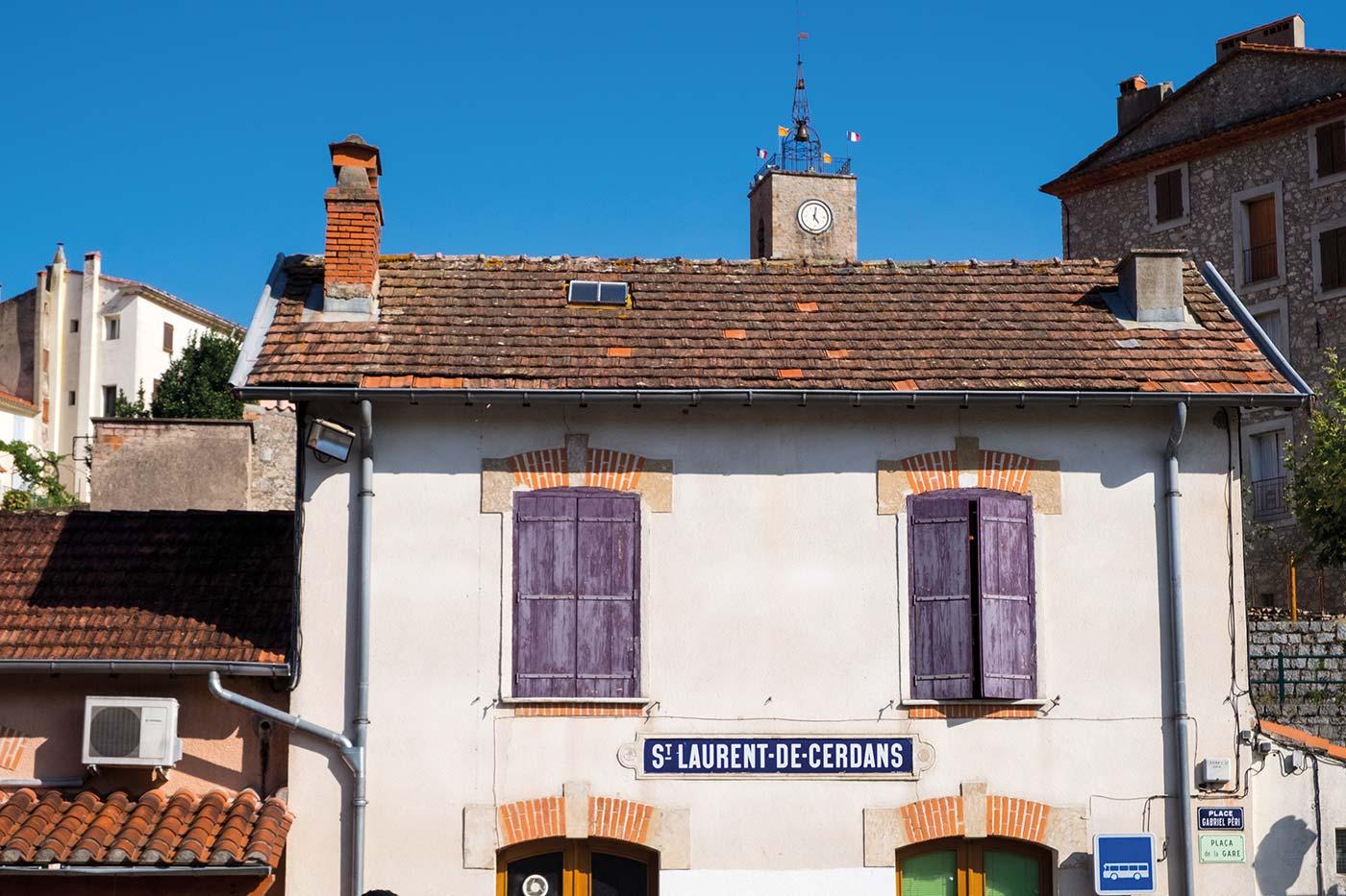 in den französischen Pyrenäen antike stofffabriken