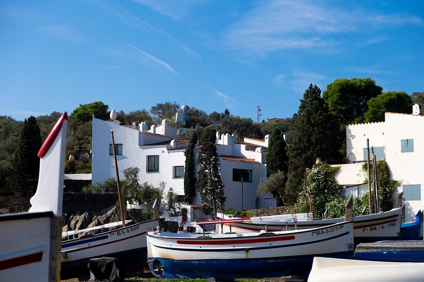 el gran triángulo daliano, gala, Costa Brava surreal, Port Lligat