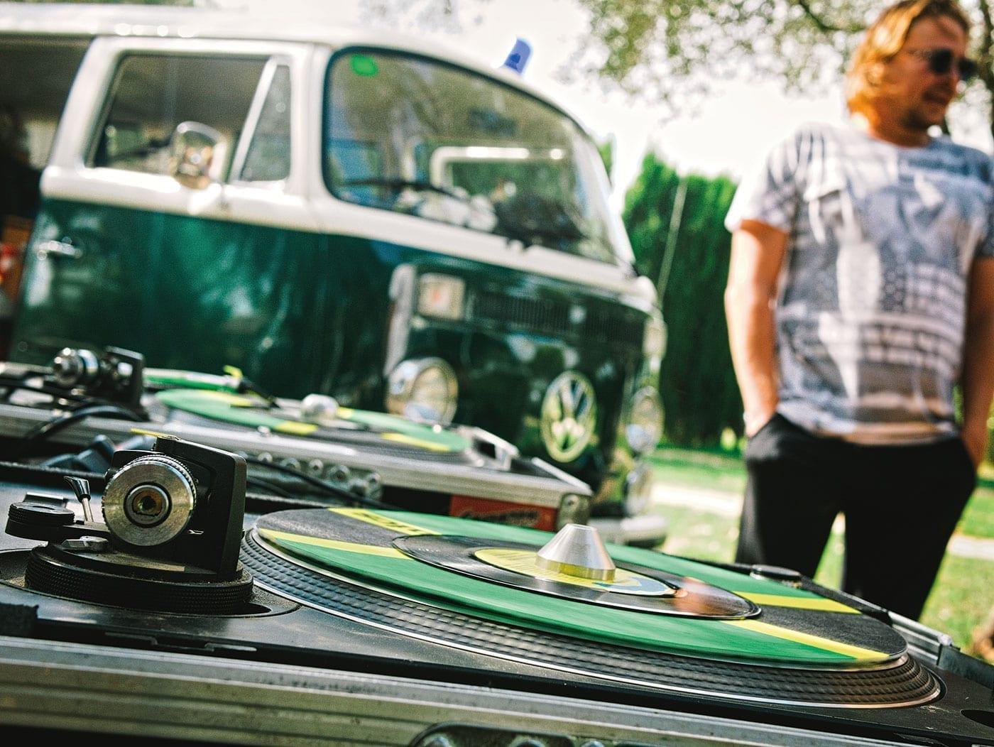 Musik, VW T1, Costa Live Magazine, Reggae