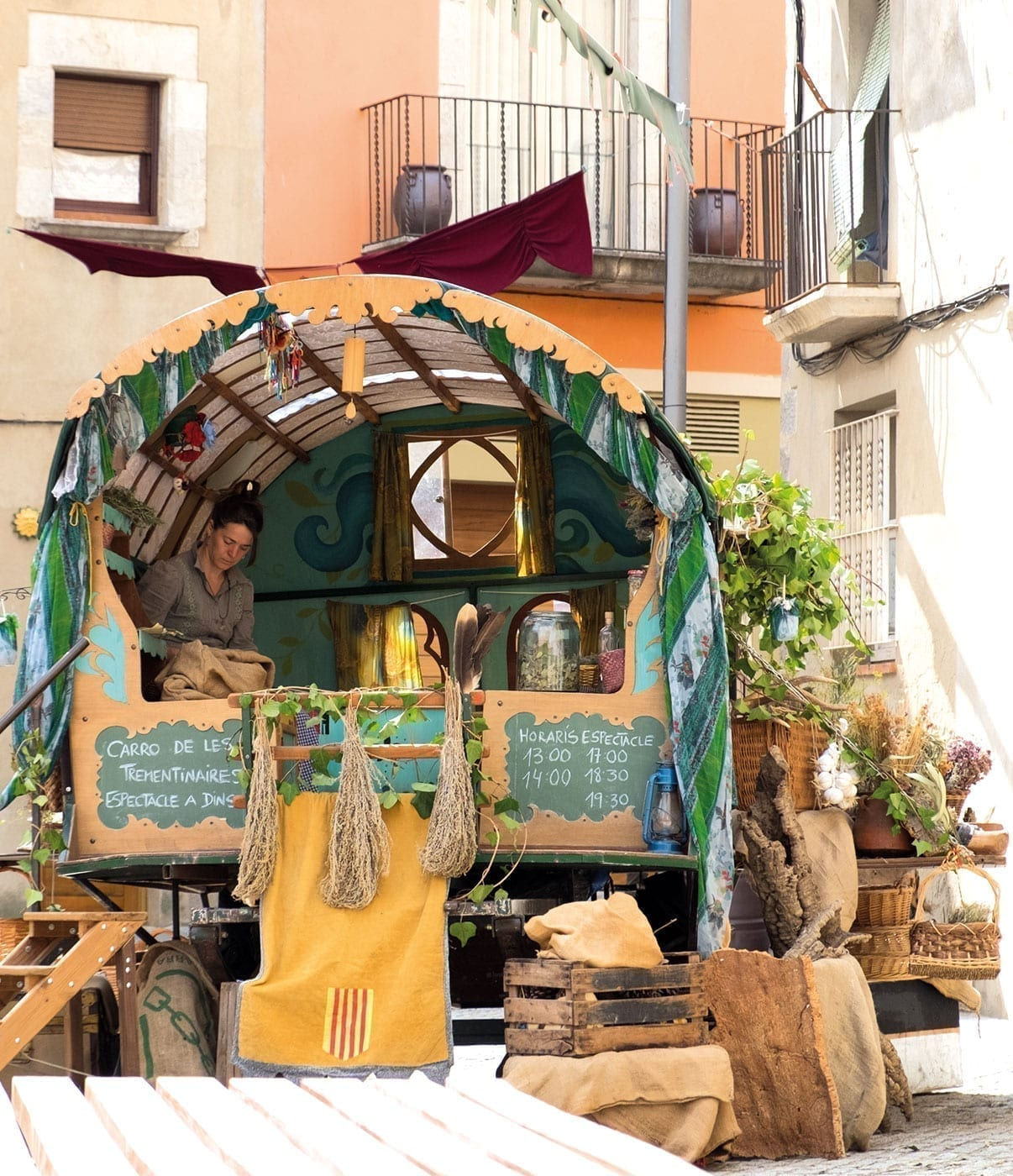Festival Terra de Trobadors Castello d'Empúries, costa brava, medieval, live music, september event