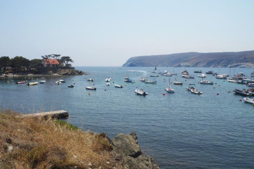 Der Blick auf die Küste vor Cadaquès.