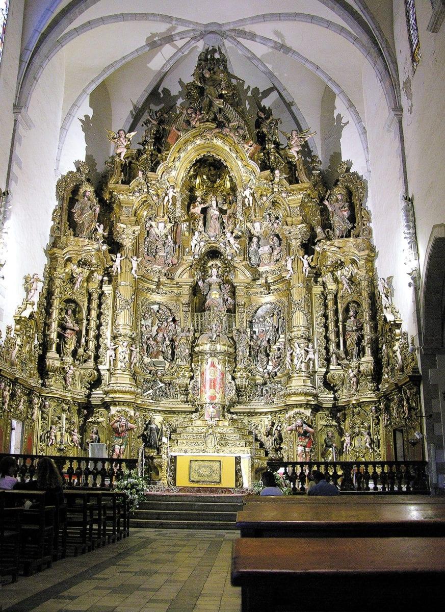 Kirche von Cadaqués von innen