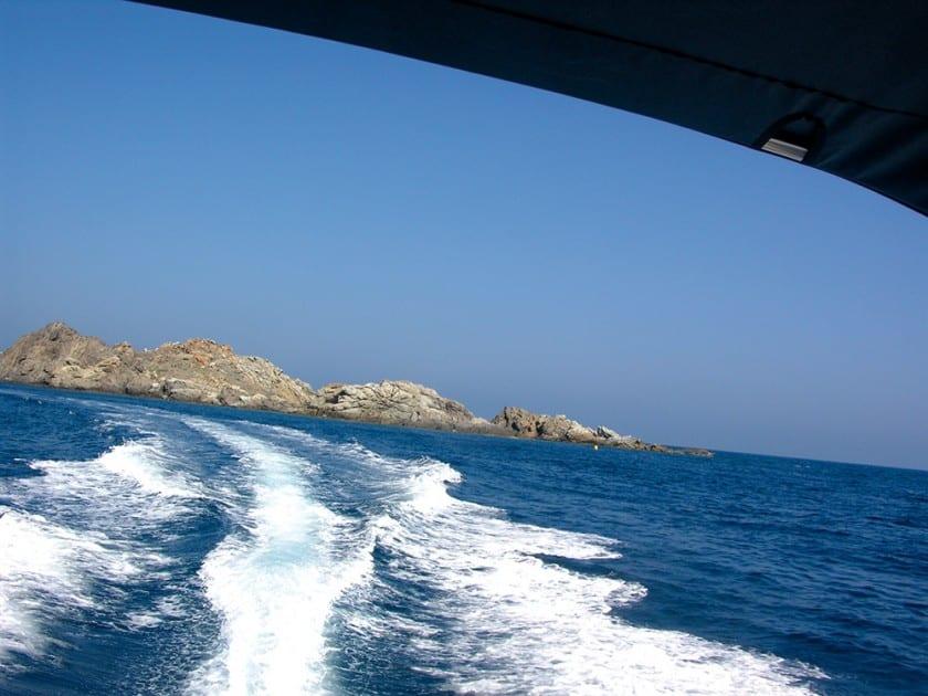 Unsere Bootstour führt vorbei am malerischen Cap de Creus.