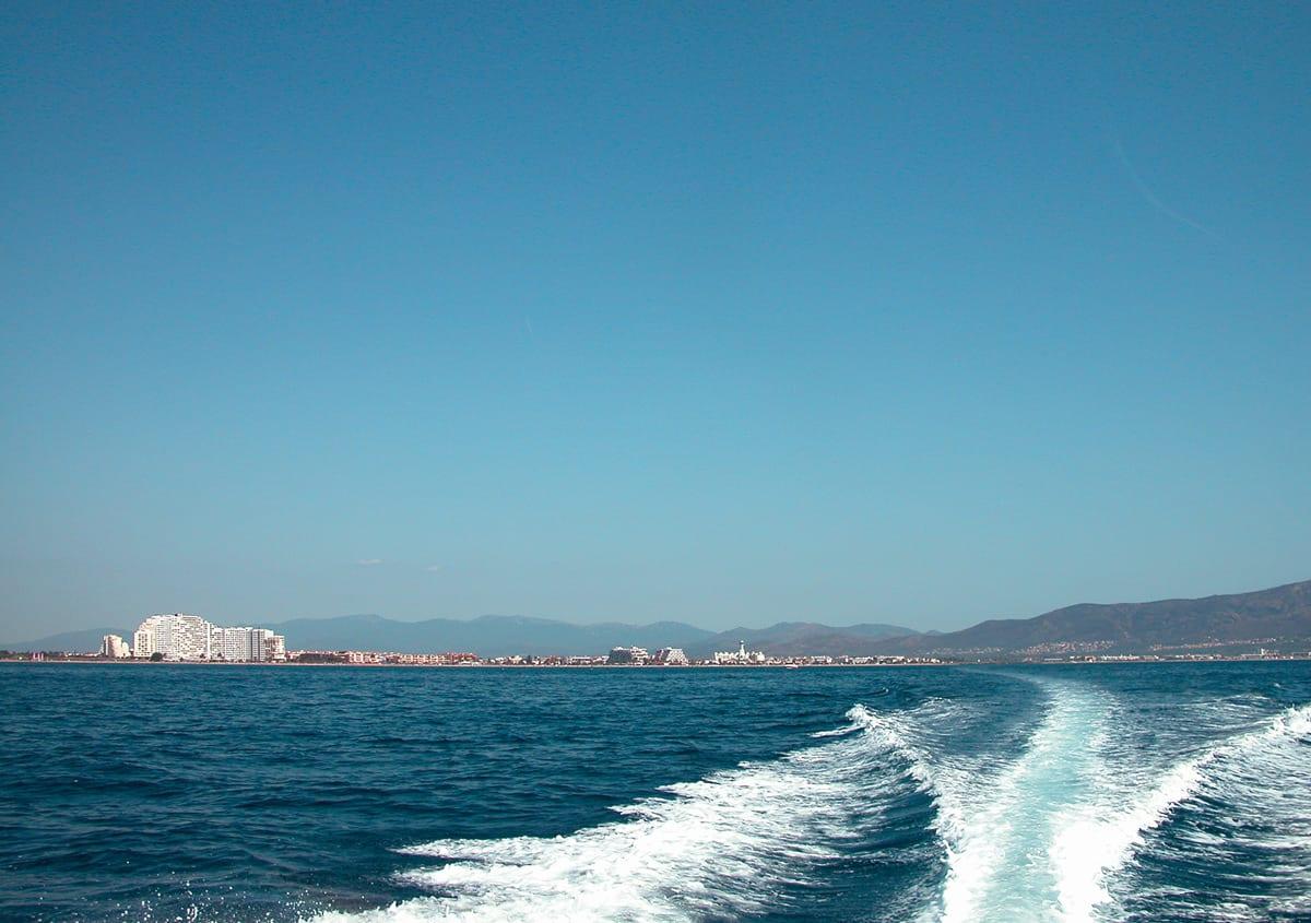 Blick auf Empuriabrava von der Bucht von Roses aus.