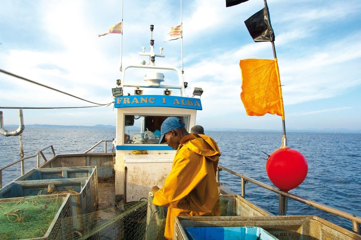 Fischer bei der arbeit Costa Brava