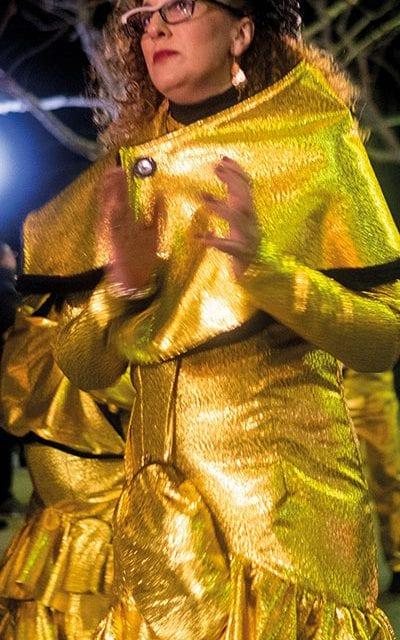 Goldene Prinzessinnen überstrahlen den gesamten Umzug.
