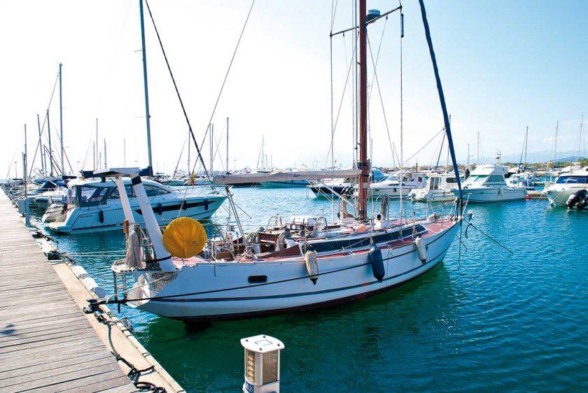Hafen Costa Brava