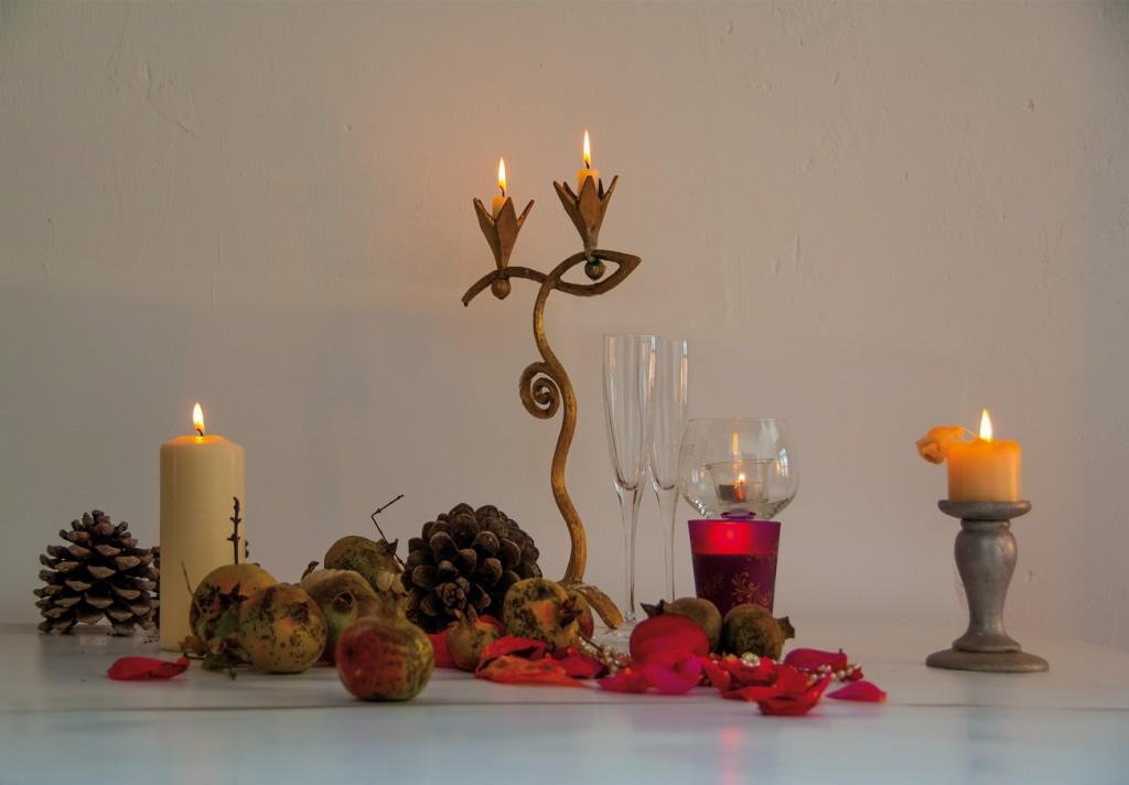 Kerzen-Glaeser-Gedeck-Blaetter