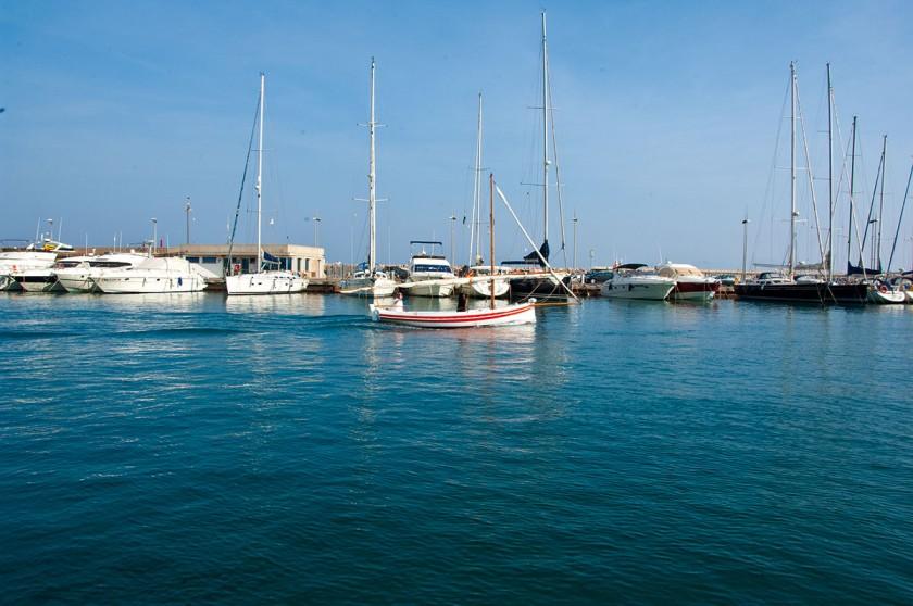 Der Hafen von L'Escala
