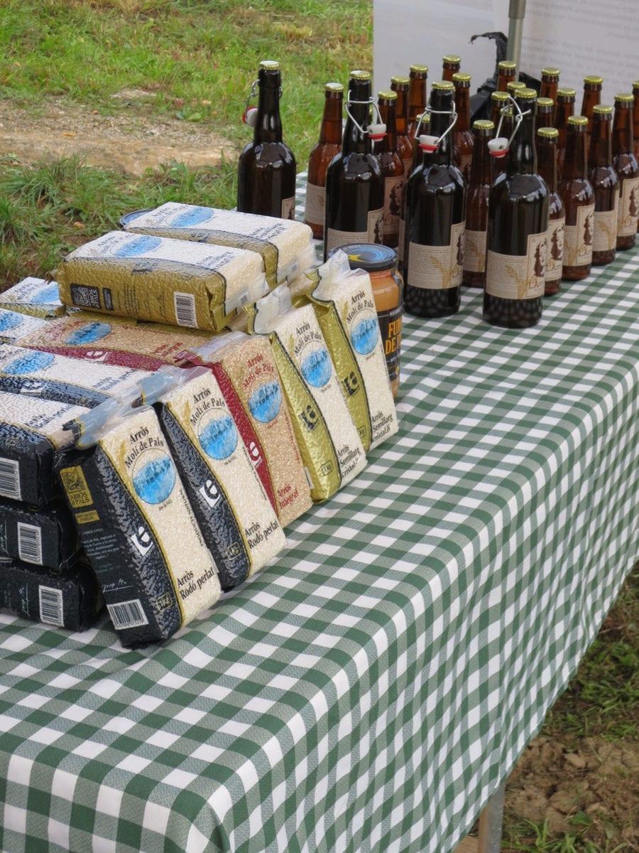 Reis und Bier aus eigener Herstellung
