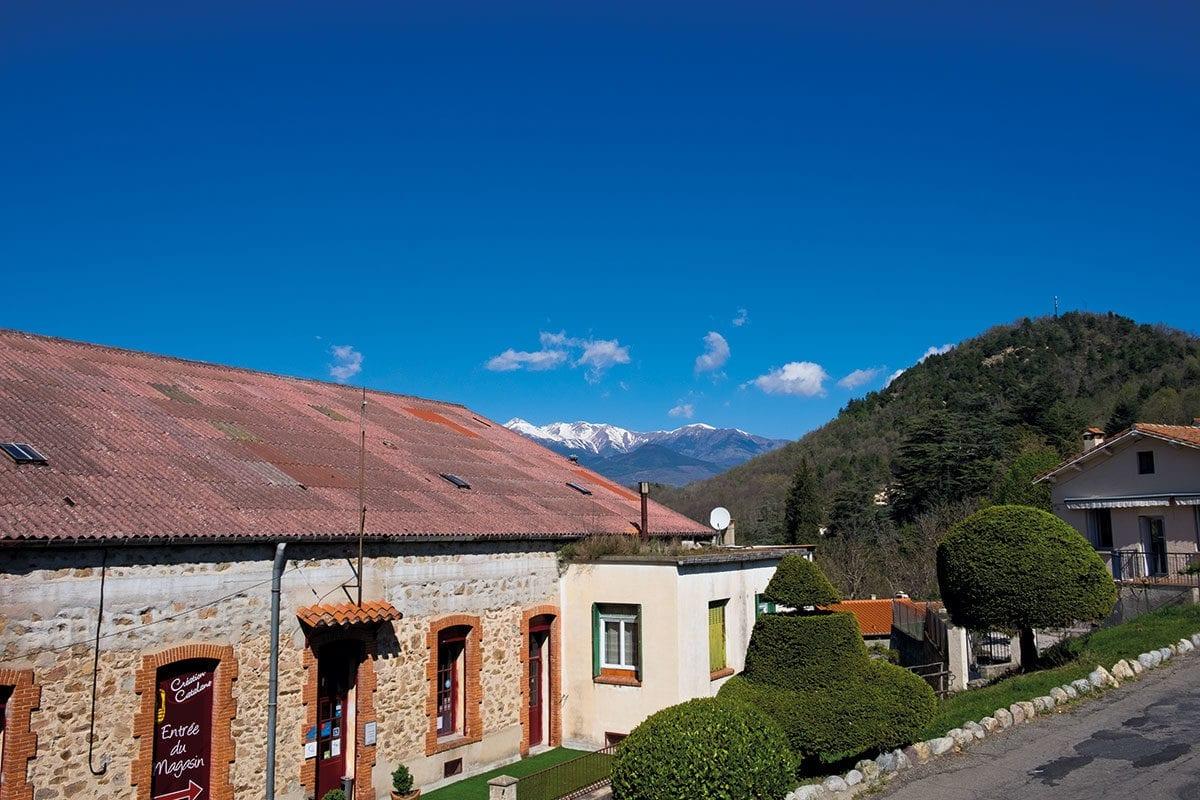 Französisches Landhaus in den Bergen