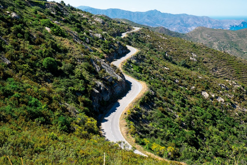 Straße nach Sant Pere de Rhodes