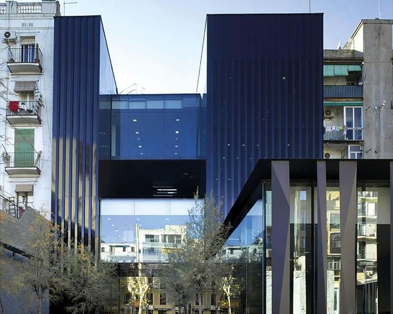 Licht und Glas, Transparenz und Helligkeit. Hauptcharakteristika der meisten Werke von RCR Arquitectes.