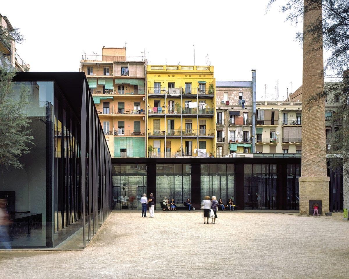 Auch bei diesem Komplex in Barcelona hat das Trio es geschafft, Alt und Neu zu verbinden.