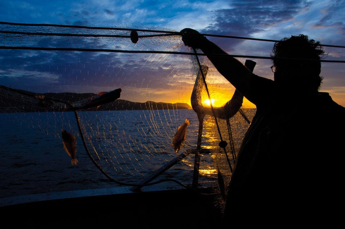 Sonnenaufgang vom Fischerboot