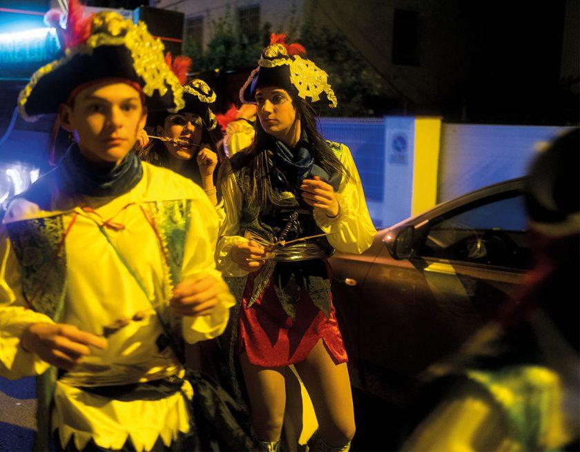 Während des Karnevals wird die Stadt vom bunten Treiben bestimmt.