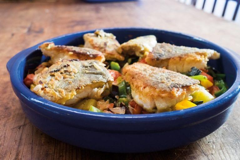 Bacallà amb verdures – Stockfisch mit Schmorgemüse