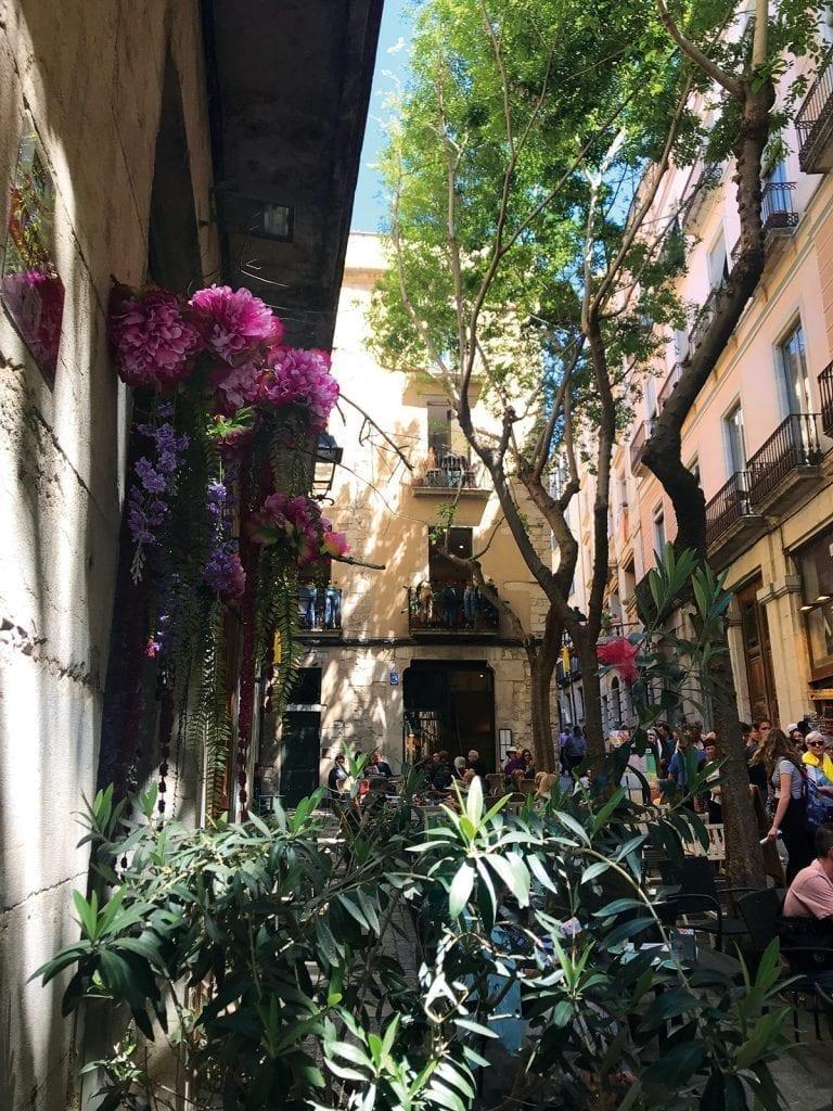 Strassen zur Blumenschau in Girona - Temps de Flors