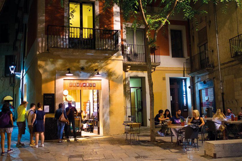 Bar in Girona