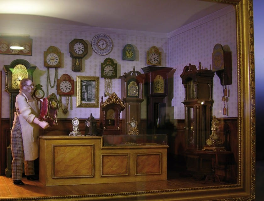Uhrenmacher in Miniatur