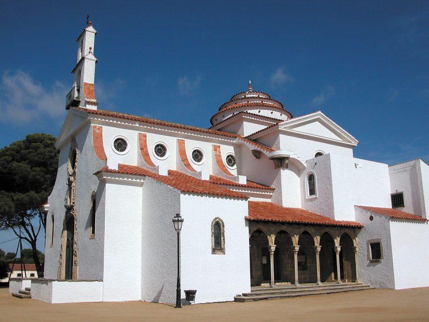 Die Kirche wurde 1942 von Francesc Folguera erbaut
