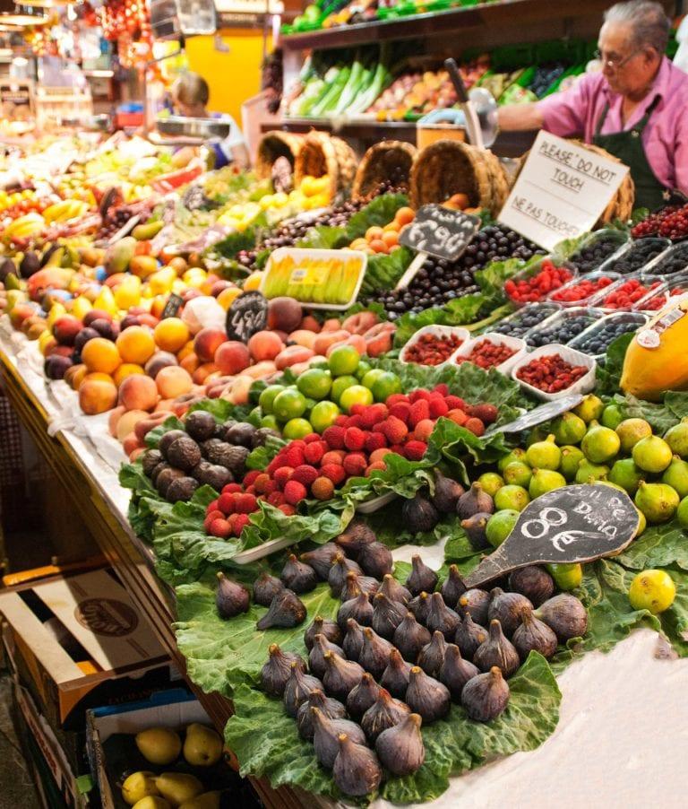 Spanischer Marktbesuch – Finden, Feilschen, Freuen