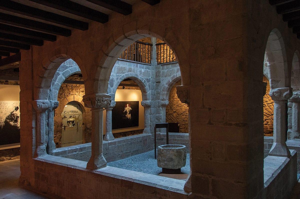 sant-joan-d-abedesses-claustre