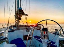 Sonnenuntergang kurz vor der kueste Mallorcas